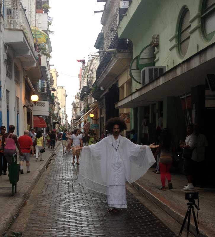 Misticismo-in-Calle-Obispo