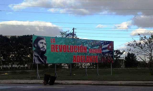 Revolucion_Adelante