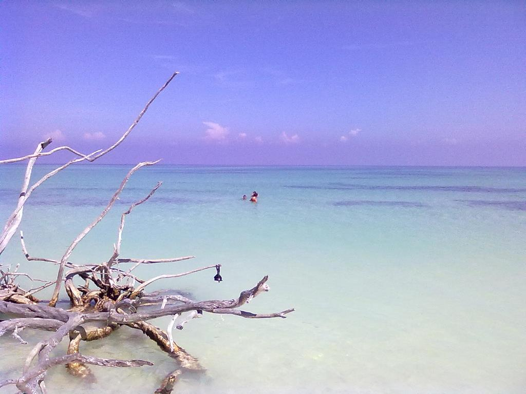 Spiaggia solitaria 2